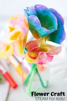 Find out how to make easy coffee filter flowers with a bit of solubility science. A pretty spring craft for preschoolers and older. Coffee Filter Crafts, Coffee Filter Flowers, Coffee Crafts, Coffee Filters, Flower Crafts Kids, Toddler Crafts, Crafts For Kids, Toddler Themes, Fun Crafts