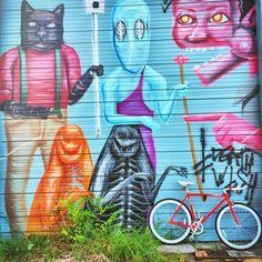 A Pure Fix Charlie against an art wall. #bike #bicycle #fixie #fixedgear #art #streetart #graffiti