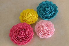 Ucreate: Ric Rac Flower Tutorial by Oh for Sweetness Sake