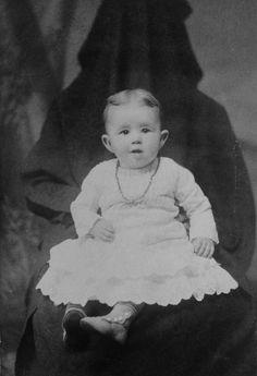 Hidden Mother, 1800s