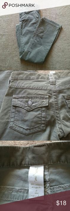 Olive corduroy petite Victoria's Secret London Jean in light Olive or fatigue color.  Contrast stitching.  Excellent condition.  Bootcut.  Size 2 short Victoria's Secret Pants Boot Cut & Flare