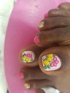 Cute Pedicures, Pedicure Nails, Toenails, Pretty Toe Nails, Pretty Toes, Summer Toe Nails, Spring Nails, New Nail Art Design, Nail Art Designs