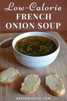 Bone Broth French Onion Soup - Reese Woods Fitness Beef Broth Soup Recipes, Onion Soup Recipes, Easy Healthy Recipes, Vegetarian Recipes, Healthy Soups, French Onion Soup Ingredients, Classic French Onion Soup, Healthy Comfort Food, Minerals