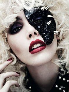 bold makeup look beauty inspiration editorial   via @glamorable