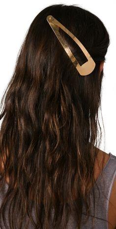 finally, a hair clip that will hold my hair!! :D hehe