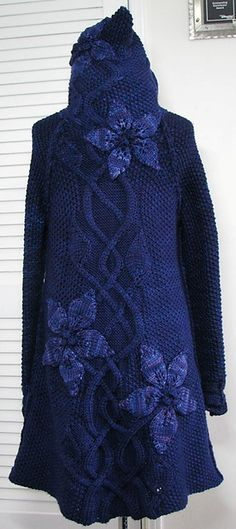 Ravelry: Project Gallery for Sylvi pattern by Mari Muinonen / tikru