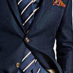 Timeless #navyblazer with perfect #accessories  http://ift.tt/2rCF0B7
