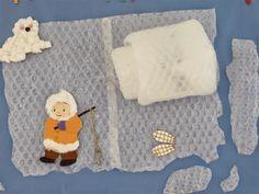 ESQUIMAL - Material: Plàstic de butllofes, cartolina, papers de colors, feltre, tisores, cola, cotó, cordill - Nivell: Menjador Infantil P5 14/15 Escola Pia Balmes