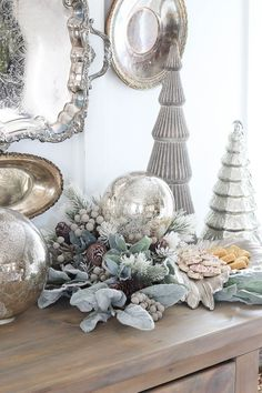Christmas Tablescape with HomeGoods & a GIVEAWAY! - Rooms For Rent blog