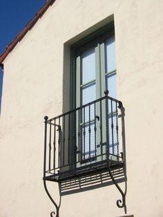 Spanish style 'Juliet' balcony...