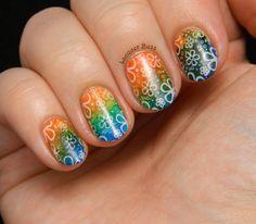 Lacquer Buzz Hippie Nails