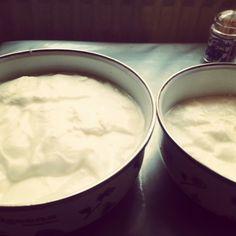 Yogurt böyle mayalanir. Köy sütünden mis gibi :)