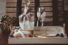 Υπέροχο σετ γάμου λεβάντα  Μπορείτε να επιλέξετε δίσκο-καράφα-ποτήρι από διαφορετικές εικόνες για να δημιουργήσετε το δικό σας σετ, άλλωστεγι'αυτό πωλούνταικαι χωριστά  Δίσκος ξύλινος πατίνα 45€(διαστάσεις: 45*33), γυάλινη καράφα 35€,κρυστάλλινοποτήρι 20€.Αν θέλετε μπορείτε να επιλέξετε κουτάκι ή μαξιλαράκι για τις βέρες που θα βρείτε σε αντίστοιχη κατηγορία.  Στην τιμή συμπεριλαμβάνεται ΦΠΑ 24% Mermaid Wedding, Wedding Dresses, Painting, Art, Bride Dresses, Art Background, Bridal Gowns, Wedding Dressses, Painting Art
