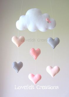 Baby mobile Heart mobile cloud mobile by LoveFeltXoXo on Etsy(Baby Diy Projects) Cool Baby, Baby Love, Baby Crafts, Felt Crafts, Diy And Crafts, Baby Decor, Nursery Decor, Coral Nursery, Pink And Gray Nursery