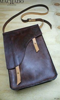 Machado Handmade Blogue sobre a criação de peças artesanais em couro.