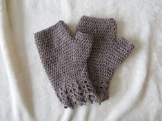 Crocheted Fingerless Gloves Great for Texting! They are made with washable wool and acrylic yarn Machine wash and dry Size Large Measures across widest part of your hand Approximately long Texting Gloves, Fingerless Mitts, Home Crafts, Wool, Crochet, Handmade, Accessories, Crochet Hooks, Fingerless Gloves