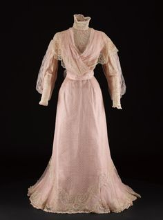 Worth day dress ca. 1900-03 From National Museums Scotland