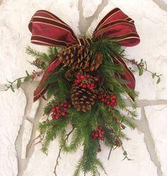 Diy Christmas Door Swag Simple Ideas For 2019 Diy Christmas Tree Skirt, Christmas Runner, Christmas Door Decorations, Christmas Swags, Outdoor Christmas, Holiday Wreaths, Rustic Christmas, Christmas Time, Christmas Crafts