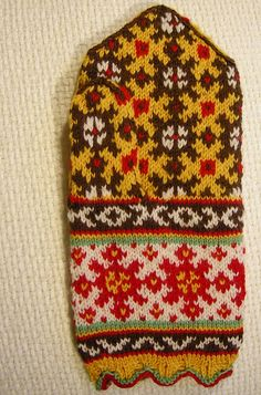 Just the first one - there will be a second one :) Mittens Pattern, Knit Mittens, Knitted Gloves, Knitting Charts, Hand Knitting, Sock Dolls, Fair Isle Knitting, Tapestry Weaving, Knitting Accessories