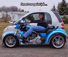Smart Car Painted To Look Like A Motorcyle Smart Auto, Smart Car, Car Paint Jobs, Custom Paint Jobs, Auto Paint, Custom Painted Cars, Custom Cars, Car Stickers, Car Decals