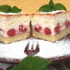 Epres túrókocka Hungarian Cake, Hungarian Recipes, Tiramisu, Cheesecake, Ethnic Recipes, Cakes, Dios, Sheet Cakes, Cake Makers