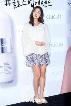 Chỉ 4 ngày sau tin mang thai, Kim Tae Hee đã xuất hiện với nhan sắc nữ thần như thế này - Ảnh 2.