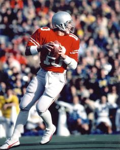 Art Schlichter was the QB for the Ohio State Buckeyes from He was the fourth pick in the Round of the 1982 NFL Draft for the Indianapolis Colts. Unfortunately he ruined a promising career by gambling. Oregon Ducks Football, Ohio State Football, Ohio State Buckeyes, American Football, College Football, Oklahoma Sooners, Buckeyes Football, Football Tops, Ohio Stadium