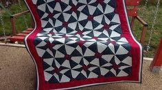 5 800 CZK  - Patchwork  deka Day and Night - quilt deka ušitá z kolekce Roberta Kaumana   100% bavlna    vavavu