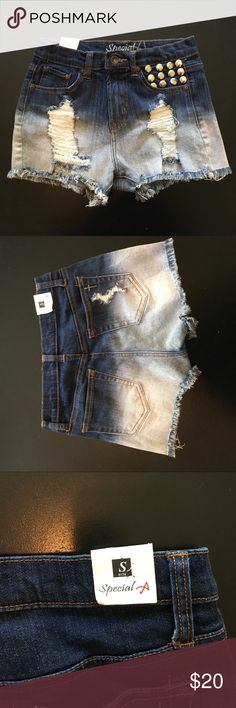 BRAND NEWSize small high waisted distressed shorts BRAND NEW Size small high waisted distressed shorts special Shorts Jean Shorts