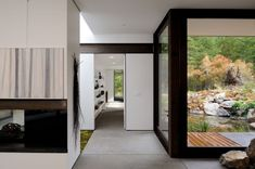 connection to exterior / view through corridor