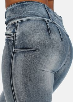 Butt Lifting Skinny Jeans with High Waist (Faded Blue)
