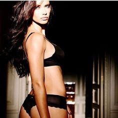 Bombshell on set 💋 #adrianalima #angel #vsangel #victoriassecret #victoriassecretangel #regram @jeromeduran #lingerie #vsbra #vspanties #vswear #collection