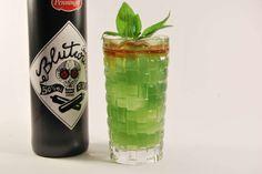 Blood and Basil: Blutwurz-Basilikum-Cocktail