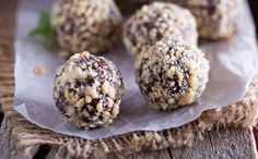 These peanut butter chocolate truffles are easy to make and make gorgeous gifts. Just add them to a pretty tin or gift box, wrap it up and voila!