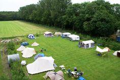 Scouting Emmeloord in Emmeloord, Flevoland Tijdens Uit-jeTent kun je hier uniek kamperen in Emmelerbos. Voordelig kamperen en heel veel activiteiten.