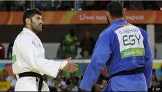 """El """"inaceptable"""" gesto de un judoca de #EGY que se negó a dar la mano a uno de #ISR #Rio2016"""