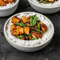 The easiest homemade Vegan Black Pepper Tofu & Green Beans recipe! Only 9 ingredients needed for a healthy & gluten-free crispy tofu stir fry. Vegan Bean Recipes, Green Bean Recipes, Tofu Recipes, Cooking Recipes, Healthy Recipes, Healthy Eats, Diet Recipes, Tofu Dishes, Kitchens