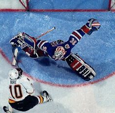 Mike Richter saves a Pavel Bure penalty shot in the 1994 Stanley Cup Finals
