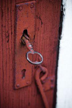 ‿✿⁀Lock & Key‿✿⁀