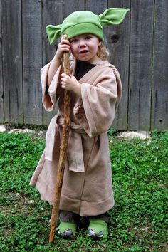 DIY Star Wars Costume. Yoda for T this year!