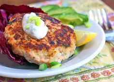 Salmon burgers with green yogurt sauce from Lydia