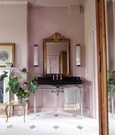 Style At Home, Country Style Homes, Pillar Lights, Cool Dorm Rooms, Decoration Inspiration, Decor Ideas, Bathroom Inspiration, Interior Decorating, Interior Design