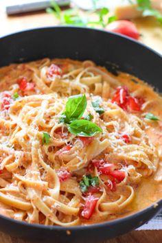 Roasted Red Pepper Fettuccini with Creamy Feta Sauce