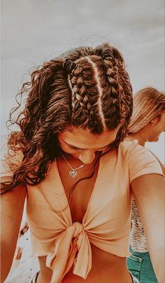 Medium Hair Styles, Curly Hair Styles, Short Hair Styles Easy, Teen Hairstyles, Summer Hairstyles, Hairstyles For Curled Hair, Easy Pretty Hairstyles, Cute School Hairstyles, Volleyball Hairstyles