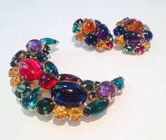 Awesome vintage 50s / 60s weiss multi colored half moon rhinestone brooch and earrings set // demi parue // mad men //designer