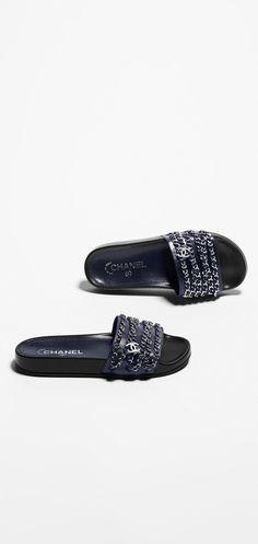 Chanel Spring-Summer 2016 Pre-collection - glazed calfskin-navy blue