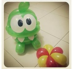 Cut the rope balloon character #cut the rope #video game  #balloon #sculpture #twist #art #character