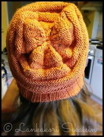 Lankakori Sekaisin: Wurm-pipo (ohje suomeksi) Ravelry, Knitted Hats, Winter Hats, Beanie, Knitting, Fashion, Moda, Tricot, Fashion Styles