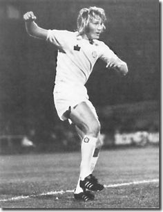 Tony Currie (whilst at Leeds Utd) He moved to QPR when his wife apparently became homesick for London. The Damned United, Leeds United Fc, Football Icon, Class Games, Peacocks, Premier League, Champion, The Incredibles, The Unit