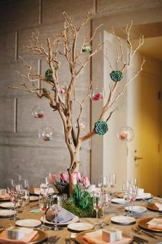 70 elegant wedding decorations for your big day 40 - Beauty of Wedding Succulent Centerpieces, Rustic Wedding Centerpieces, Wedding Table Decorations, Christmas Decorations, Succulents Diy, Branches Manzanita, Manzanita Tree Centerpieces, Centrepieces, Table Centerpieces